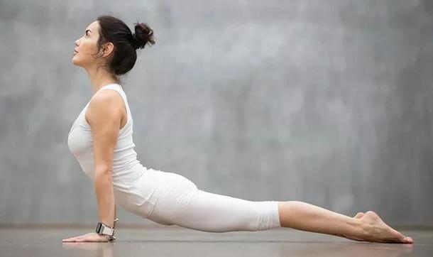 瑜伽练习其实并不难,只要练习这几个体式便可以!