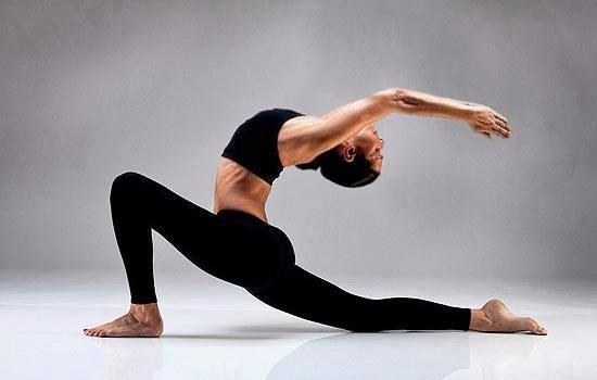 练瑜伽,为什么建议你一定要做全面拉伸双腿的练习?