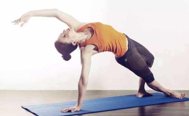 在家练习瑜伽,你可以尝试下这些体式!