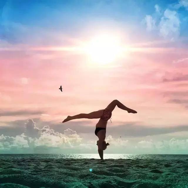 瑜伽的练习中为什么倒立起不来?
